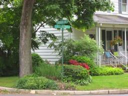 Berrien Avenue and Alexander Road