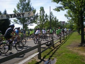 Dozens of bicyclists head out at BikeFest 2010